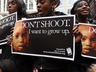Chicago-high-school-students-demonstrate-against-gun-violence-courtesy-urbangrounds.com_